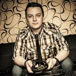 DJ K-Flip, Karl Boltz