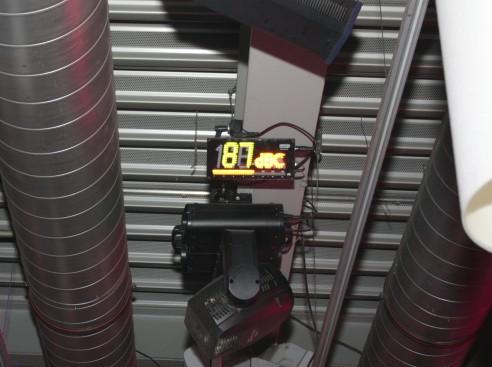 dB-Messgerät bei DJ-Bereich im Terminal90, Flughafen Nürnberg