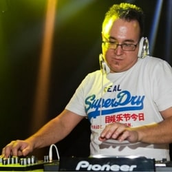 DJ Tobias Watzky